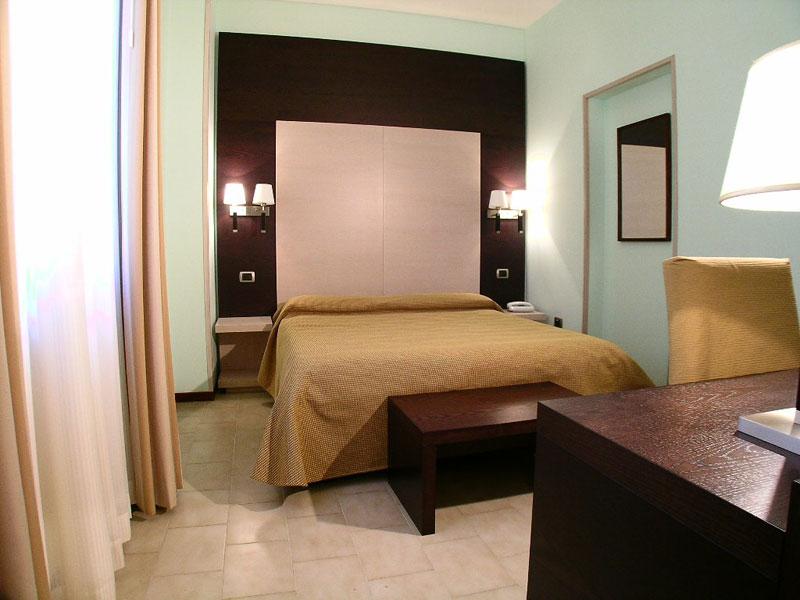 Singola Con Letto Matrimoniale.Camera Singola Hotel Con Camere Vista Mare Cinque Terre Deiva Marina