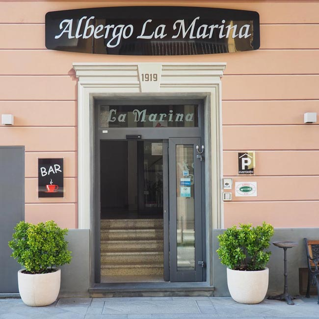 Exteriors of the hotel La Marina in Deiva